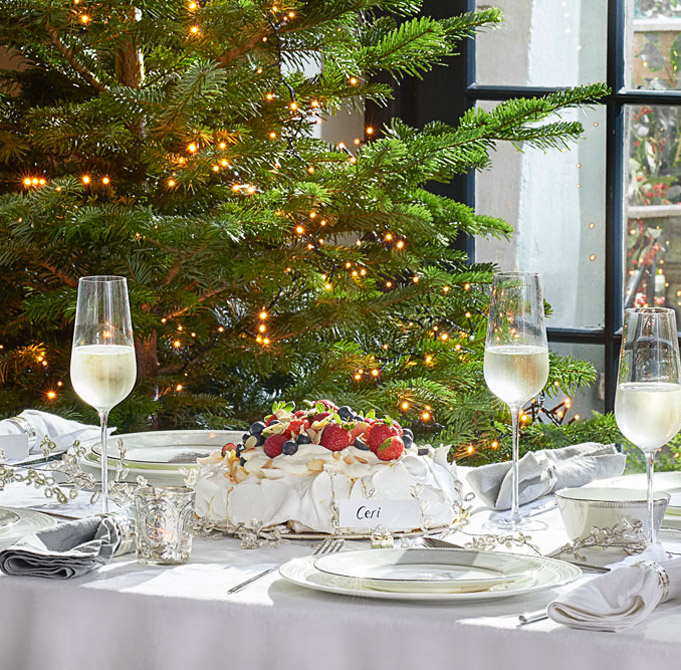 Setting Your Christmas Table With Wedgwood