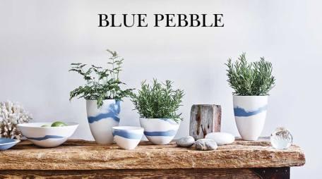 Giftware Blue Pebble bottom centre