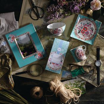 Wonderlust Camellia Green Tea & Blossom Tea