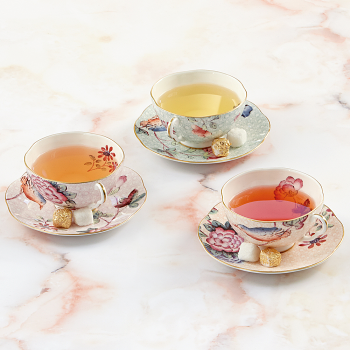 Cuckoo 2 Teacups & Saucers Gift Set