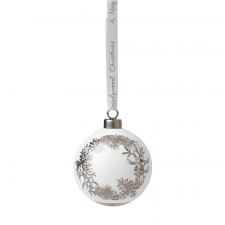Fine Bone China Wreath Ornament 7cm