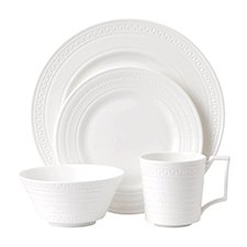 Wedgwood Intaglio 16 Piece Set