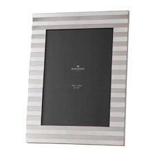 """Wedgwood Intaglio Silver Frame 8"""" x 10"""" (20cm x 25cm)"""