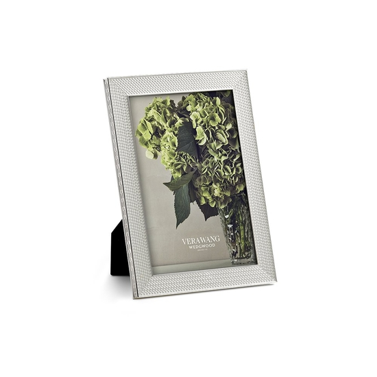 """Vera Wang With Love Nouveau Silver Frame 4""""x6"""""""