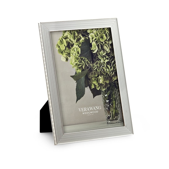 """Vera Wang With Love Nouveau Silver Frame 5""""x7"""""""